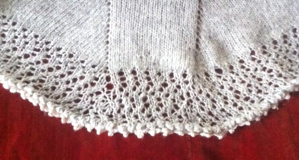 How to knit a lace edge. A free beginner knitting pattern.