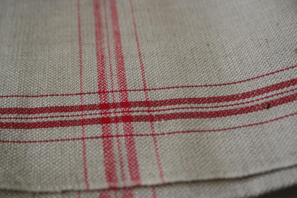 Coarse Swedish vintage linen tea towel