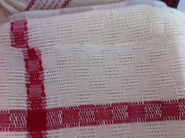 Wind a vintage tea towel