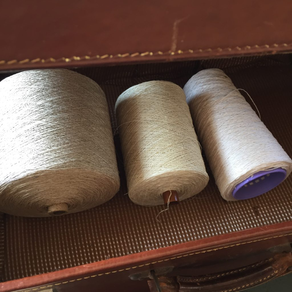 Linen yarn in the suitcase. Scandinavian Knit.